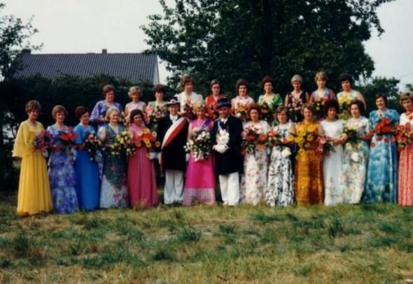 1975 Hofstaat
