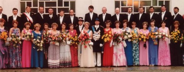 1977 Hofstaat